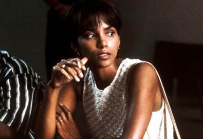 Halle Berry ve filmu Ples příšer. Zdroj: media.rd.com