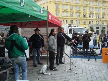 Moderátor akce Martin Kudlička z brněnského Rádia HEY! Foto: Magda Siroginová, Topzine.cz