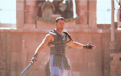 FOTO: Russell Crowe v oscarovém filmu Gladiátor