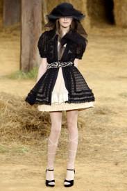 Chanel a kolekce spring 2010, Zdroj: style.com