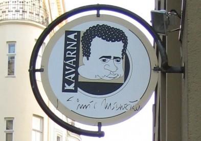 Logo Kavárny Vladimíra Menšíka, Zdroj: Eva Mácová, Topzine.cz