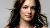 Anne-Hathaway-anne-hathaway-753567_1024_768
