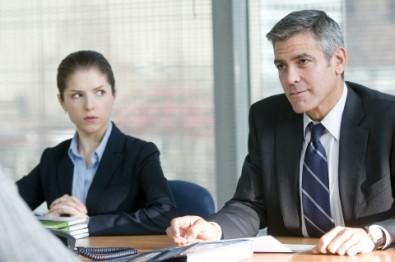 George Clooney a Anna Kendrick Zdroj: Bontonfilm