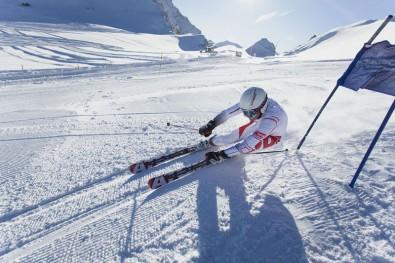 Lyžařské radovánky Zdroj: TZ Salomon Atomic Ski4fun