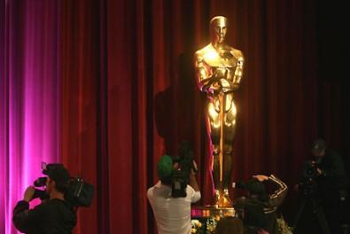 Oscar - na vítěze ovšem čekají jeho zmenšené formy Zdroj: entertainment.aol.ca