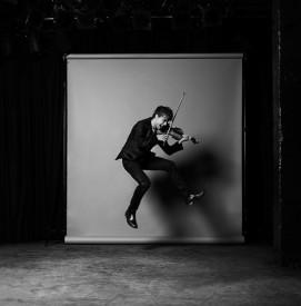 Mladý zpěvák a houslista Alexander Rybak