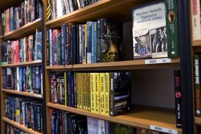 sci-fi knihovna 3