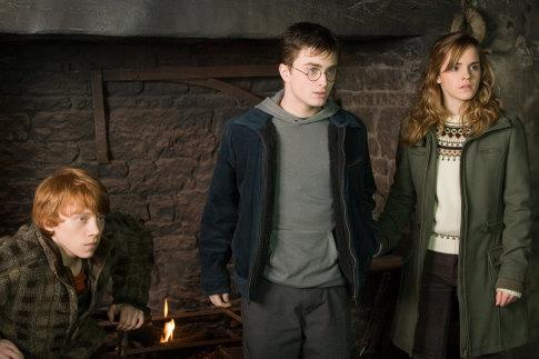 http://www.topzine.cz/wp-content/uploads/2010/03/Harry-Potter-7.jpg