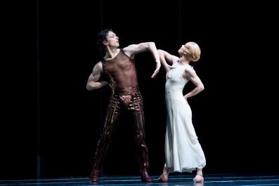 Balet Othello, Alexandre Katsapov (Roderigo) a Zuzana Susová (Desdemona), Foto: VOJTa Herout, Topzine.cz