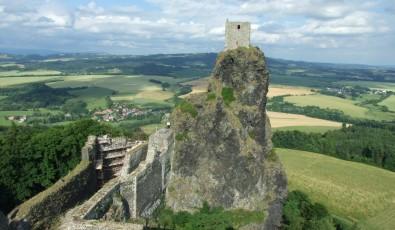 Který hrad se skrývá na fotografii? Foto: Jana Samcová, Topzine.cz
