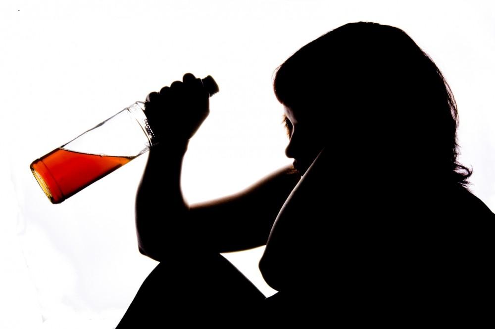 Hlavní hrdina propadl alkoholu, ale zvedá se ze dna. Foto: Martin Koubek, Topzine.cz