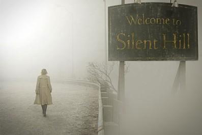 Vítejte v Silent Hill a u další dávky napětí. Zdroj: distributor filmu
