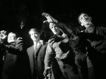 Noc oživlých mrtvol. Zdroj: distributor filmu