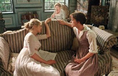 Rodina Benetových v obývacím pokoji