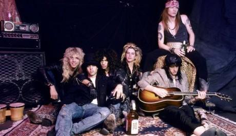 Zadní obal knihy Bezohledná jízda Guns N' Roses
