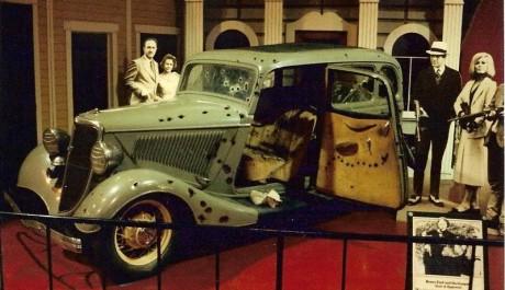 Filmový automobil Bonnie a Clyde, Zdroj: forum.donanimhaber.com