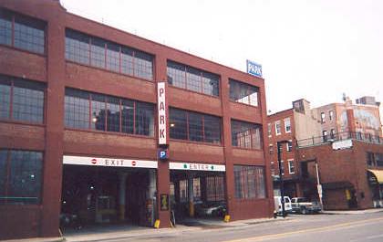 Dnešní podoba vykradené banky Brinks Building v Bostonu, Zdroj: celebrateboston.com