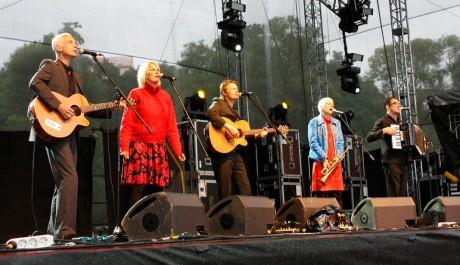 Chumbawamba na Sázava Festu 2010