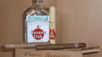FOTO: typické kubánské suvenýry: rum a doutník