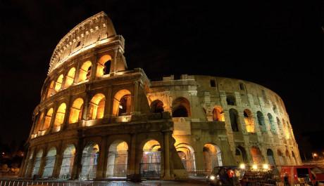 FOTO: Koloseum v noci