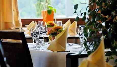 FOTO: Stůl
