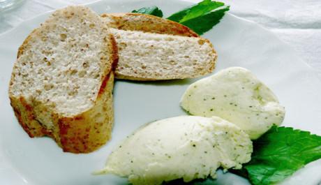 FOTO Bylinkové máslo
