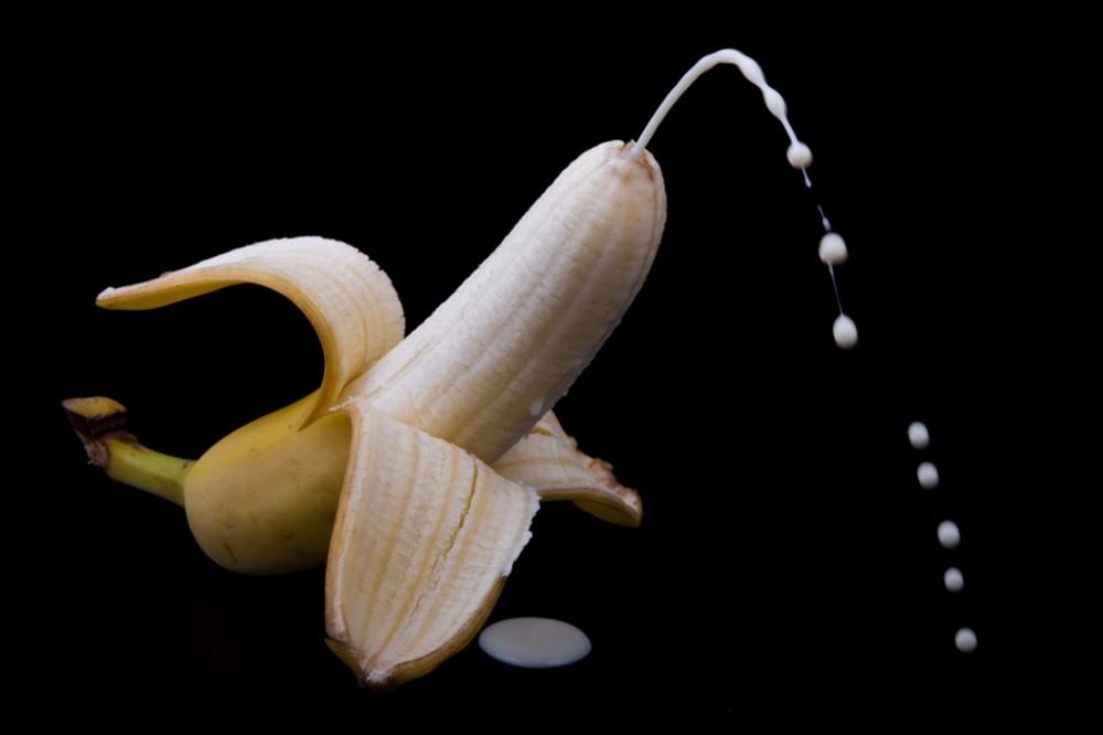 Spaní do oběda, 6 káv a ženský orgasmus: Jak vypadá den fotografa Petra Jedináka?
