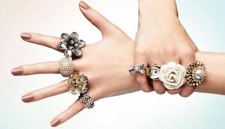 FOTO: Masivní prsteny