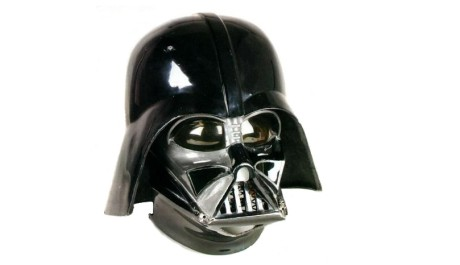 FOTO: Darth Vaderova helma