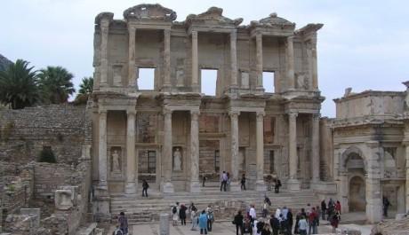FOTO: Celsova knihovna v Efesu
