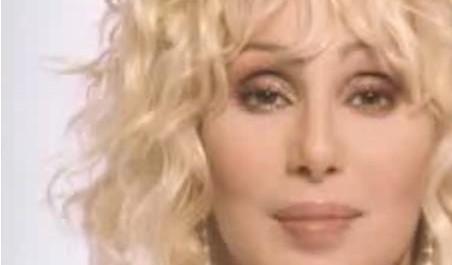 Zpěvačka Cher