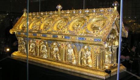 Relikviář sv. Maura na Pražském hradě