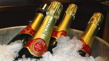 FOTO: šampaňské