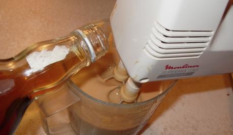 FOTO: Příprava likéru Baileys