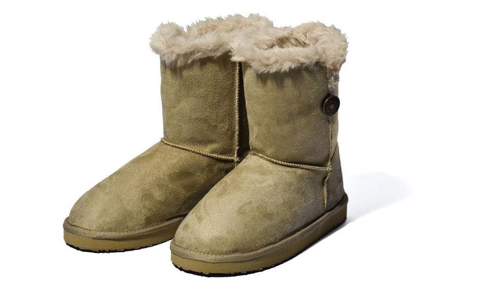 Jaké zimní boty na sebe  Co třeba sněhule či válenky - TOPZINE.cz 67aa720432