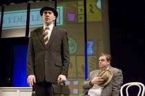 FOTO: Jiří Hána a Roman Štabrňák v představení Monty Pythonův létající kabaret v divadle Rokoko