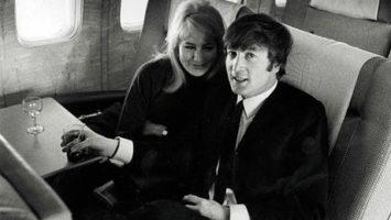 FOTO: John Lennon a Cynthia Powell