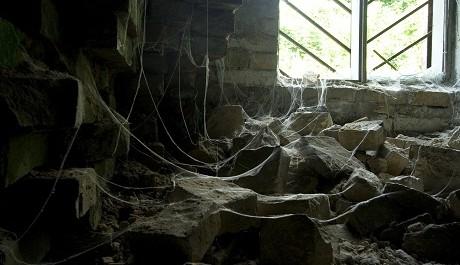 FOTO: Opuštěné domy nahání hrůzu