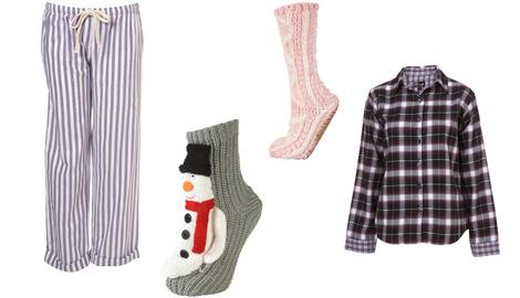FOTO: oblečení a ponožky pro chvíle u televize
