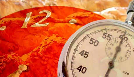 OBR: Ilustracni obrazek hodin, stopek a závinu