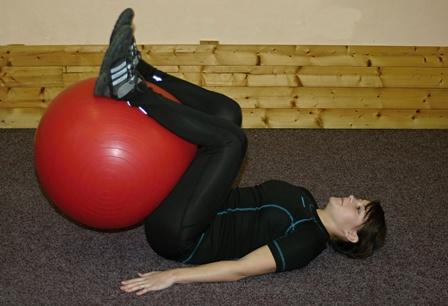 FOTO: posilování s gymnastickým míčem