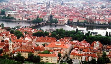 FOTO: Praha obehnaná Vltavou