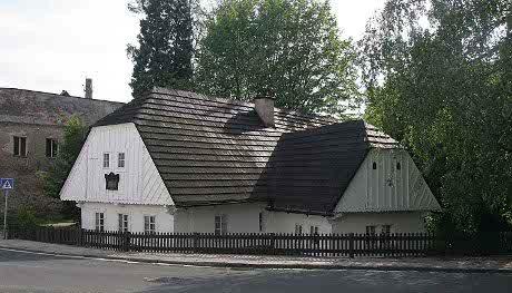 FOTO: Jiráskův rodný dům v Hronově