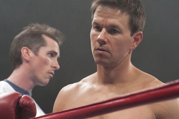 I při boxu je důležité mít někoho, kdo vám kryje záda (i když váží 60 kilo) Zdroj: H.C.E.