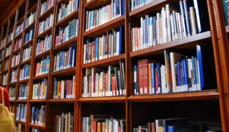FOTO: knihovna