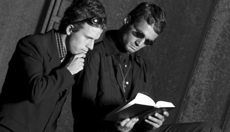 FOTO: Dekadence, čtenáři, kniha, Foto: Martin Koubek, Topzine.cz