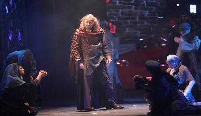 FOTO: Josef Vojtek v premiérovém představení muzikálu Kat Mydlář v Divadle Broadway