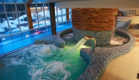 FOTO: Termální bazén