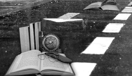 FOTO: koláž knihy