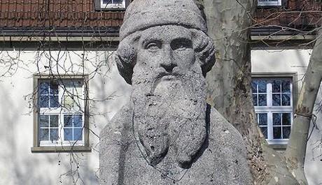 FOTO: Gutenbergova socha